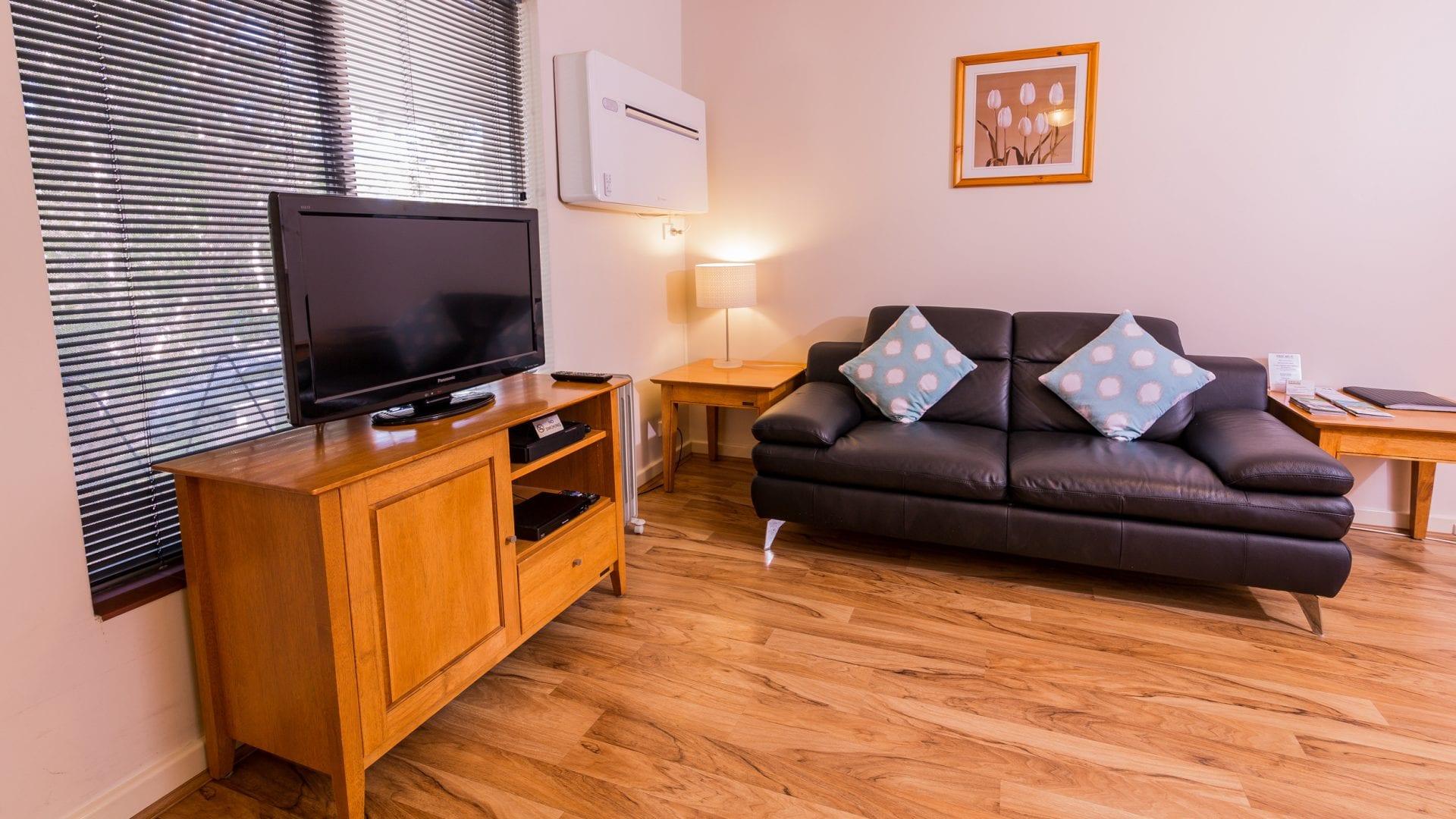 livingroom6-1920x1080